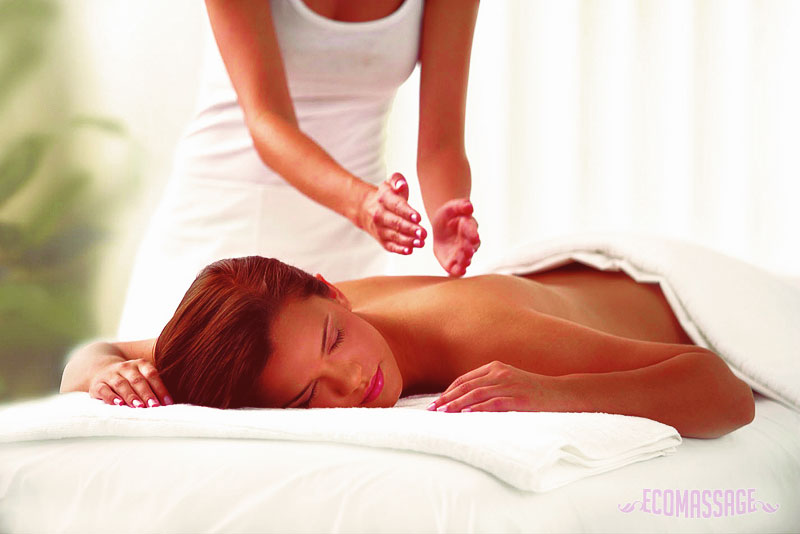 Как делать расслабляющий массаж спины 17-7