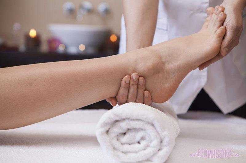 Как правильно делать массаж ступней ног для лечения и расслабления? 28-6